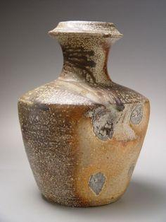 Shimaoka Tatsuzo, Vase with lightly visible impressed-rope pattern design and tapered neck