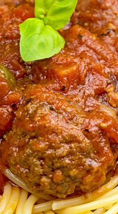 Slow Cooker Chunky Meat Lover's Spaghetti Sauce