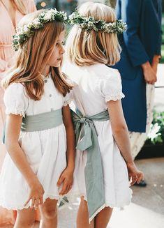 Bohemian Flower Girl Dress, Flower Girl Crown, Flower Girl Dresses, Flower Crowns, Flower Girls, Kids Bridesmaid Dress, Bridesmaid Flowers, Dresses Kids Girl, Super Cute Dresses