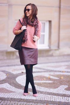Lyserød angora og bordeaux lædernederdel | Emily Salomon