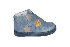 3e57bdb30a7 #kids #shoes Μποτάκι Μούγερ για τα πρώτα βήματα, δερμάτινο/σαμουά, τζην με  αυτοκόλλητα κουμπώματα και ανατομικό πέλμα.