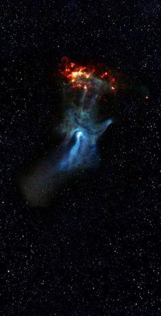 La 'Mano de Dios' Nebulosa - Alcanza Mano Cósmica de la Luz. La estructura de la mano-como el azul fue creado por la energía que emana de la nebulosa alrededor de la estrella moribunda PSR B1509-58.