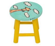 Banquinho Girafilda   Westwing - Casa & Decoração Diy Stool, Simple Mandala, Painted Furniture, Upcycle, Kids Room, Chair, Wood, Crafts, Painting