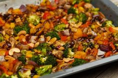 Oosterse ovenschotel kip met groenten recept Easy Healthy Recipes, Quick Easy Meals, Healthy Cooking, Asian Recipes, Cooking Recipes, Ethnic Recipes, Healthy Meals, Carb Free Dinners, Comfort Food