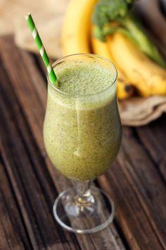 Sweet Green Smoothie (Banana Broccoli) - Gluten-free and Vegan