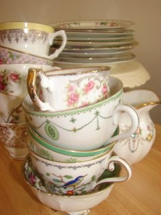 Our vintage china to hire from www.hellovintage.co.uk...The green one is like our everyday set at home...PY...