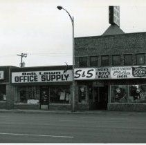 Image Of Oak Lawn Office Supply And Su0026amp;S Menu0027s Wear Oak Lawn Illinois,