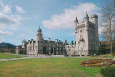 14 Fairytale Castles In Scotland To Visit Unusual Buildings, Interesting Buildings, Scotland Tourist Attractions, Poland Travel, Castle House, Scottish Castles, Fairytale Castle, Beautiful Castles, Medieval Castle