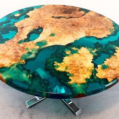 Your daily dose of Inspiration: Round resin river table Diy Resin Table, Epoxy Wood Table, Epoxy Resin Table, Epoxy Resin Art, Resin Furniture, Diy Furniture Projects, Furniture Design, Furniture Nyc, Fine Furniture