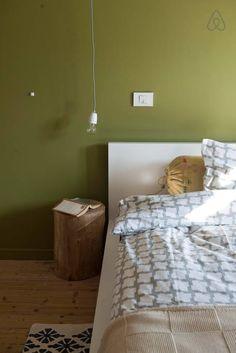 Échale un vistazo a este increíble alojamiento de Airbnb: 3 kings, your home in Bruges - Casas en alquiler
