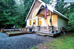 Contemporary Cabin in the North Cascades, Washington