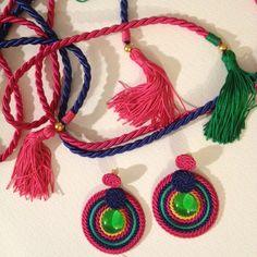 Cinturón y pendientes Www.cordondeseda.com