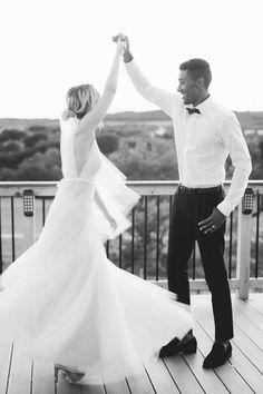 Twirling bride Photo: @maycarlson