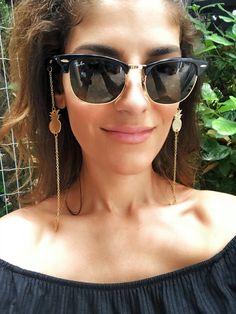 Gold Glasses Chain Gold Sunglasses Chain Laces for Gold Sunglasses, Sunglasses Women, Vintage Sunglasses, Fake Glasses, Glasses Frames, Sunglass Frames, Eyeglasses, Swarovski, Fashion Accessories