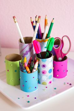 Have a toilet paper roll? Don't toss or recycle. Here are some easy toilet paper roll crafts ideas that you can teach your preschooler or older kid. Craft Paper Storage, Toilet Paper Roll Crafts, Diy Paper, Tissue Paper, Crafts For Teens, Fun Crafts, Desk Crafts, Kids Desk Organization, Papier Diy