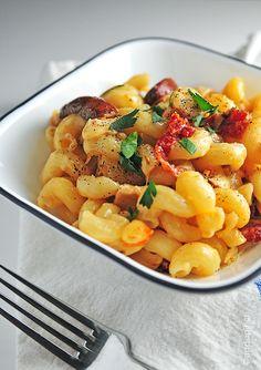 Roast Chicken Pasta with Sundried Tomatoes #recipe