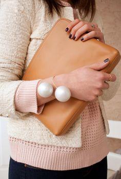 DIY Jewelery Giant Pearl Bracelet