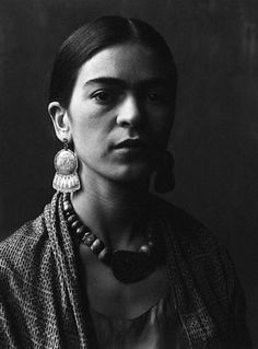 A gorgeous image of famed Mexican painter Frida Kahlo, photographed by Imogen Cunningham in 1931