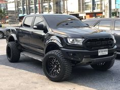 Ford Ranger Mods, Ford Ranger Modified, Ford Ranger Truck, Ford Ranger Raptor, Lifted Ford Trucks, Ford Rapter, Truck Memes, Chevy 4x4, Cadillac Escalade