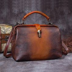 Cute Ladies Leather Crossbody Bags Doctors Bag Shoulder Bags for Women db8730338fd3f