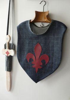 Le costume du Chevalier ! Pourpoint & épée pour chasseur de dragons de 3 à 5 ans ...