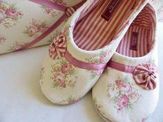 """Hausschuhe - Stoff- Pantoffel """" Lizzie"""" - ein Designerstück von DiekleineStoffwerkstatt bei DaWanda"""