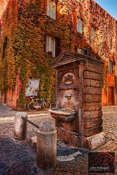 Roman Drinking Fountain   Flickr – Condivisione di foto!