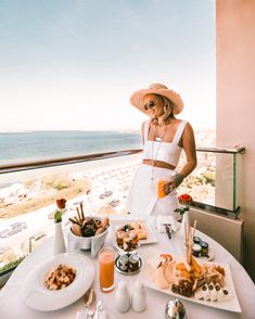 Expect more from your mornings at the Athenian Riviera! Divine Moment 📸 by Leading Hotels, Beautiful Hotels, World Traveler, Luxury Travel, Athens, Mornings, Palace, How To Memorize Things, Mac