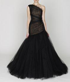 Phenomenal Fashion - Monique Lhuillier