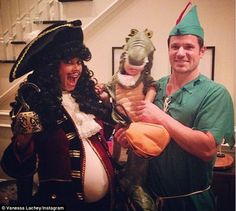 Nick and Vanessa Lachey were glowing on Saturday as they celebrated the upcoming birth of their second child with a lovely baby shower. Nick Lachey And Vanessa, Nick And Vanessa, Halloween Pictures, Halloween Rocks, Celebrity Halloween Costumes, Captain Hook, New Baby Girls, Second Child, Baby Bumps