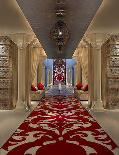 ITC Mughal hotel, Agra India.......Had dinner here one night!