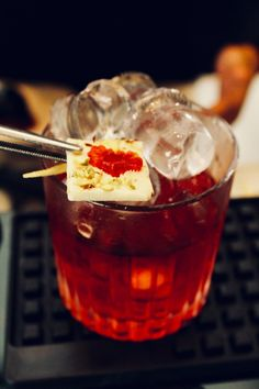 """📣📣📣 Un nuovo cocktail tutto da assaporare: Un Negroni è per sempre """"Un Negroni è per sempre"""" dedicato al pre-dinner italiano più famoso al mondo che compie 100 anni 🎂 Che dire....festeggiamolo gustando questa fresca ed estiva creazione dei nostri bartender Federica e Pier 🙋♀️🙋♂️ Da questa sera al TBar a euro 9 🍸🍸🍸 Vi aspettiamo numerosi! Euro, Cocktail, Dessert, Deserts, Postres, Cocktails, Desserts, Plated Desserts, Shake"""