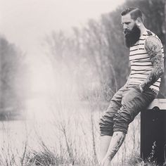 Der großartige Bart von @bill_beardy feiert am 01. September ein besonderes Jubiläum: er wächst dann bereits genau 1000 Tage. Foto: @cspot_fotografie #blackbeards #beard #beards #bearded #beardgang #beardlife #beardo #beardlove #beardporn #beardman #bartmann #beardy #beardenvy #beardlover #beardedman #beardsofinstagram #beardcare #beardsandtattoos #beardedgentleman #beardstagram #bart #theblackbeardscrew www.blackbeards.de