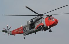 Royal Navy Sea King winch training with the Scottish Fire & Rescue Service September 2014 Coast Guard Rescue, Perth Airport, Senior Services, Search And Rescue, September 2014, Royal Navy, Helicopters, Fighter Jets, Police
