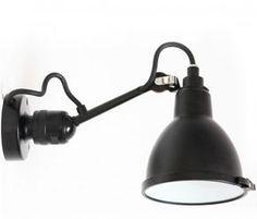 there's a light... Badezimmer-Wandlampe N° 304 mit Kugelgelenk von Lampe Gras, Bild 1: Badezimmer-Wandlampe mit Gelenk, N°304, mit Schutzscheibe aus Borosilikatglas, IP 64