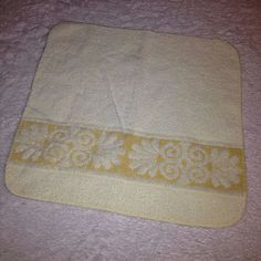 VTG Cannon Pale Yellow Washcloth ONLY Cream Sculpted Wash Cloth Towel Set Retro #CannonMonticello