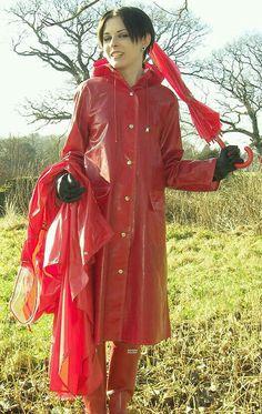 This macks for you Red Raincoat, Vinyl Raincoat, Raincoat Jacket, Plastic Raincoat, Rain Jacket, Imper Pvc, Plastic Girl, Rain Suit, Hooded Cloak