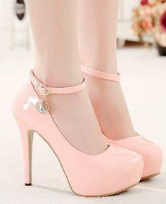 women shoes heels black and white Fancy Shoes, Pretty Shoes, Beautiful Shoes, Cute Shoes, Me Too Shoes, Beautiful Pictures, Cute High Heels, Pink High Heels, Shoe Boots