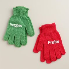 Gloves to get your foods clean ($8). | 23 Gifts For The Clean Freak In Your Life