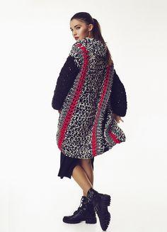 Captivating All About Crochet Ideas. Awe Inspiring All About Crochet Ideas. Moda Crochet, Crochet Fall, Crochet Woman, Knit Crochet, Crochet Jacket, Crochet Cardigan, Broomstick Lace, Single Crochet Stitch, Cardigan Pattern