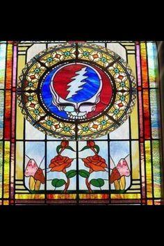 Gorgeous window! Want!
