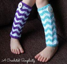 Crochet Pattern: Chasing Chevrons Leg Warmers #crochet #crochetpattern #affiliate