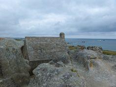 La casa entre las rocas   Flickr - Photo Sharing!   Kerlouan, Brittany, FR