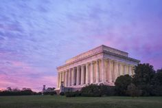 Pink Sunrise at the Lincoln Memorial | Image by: http://www.abpan.com