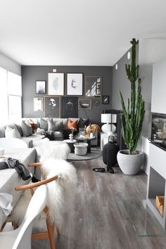 ▷ 1001 + hygge style cocooning lounge decor ideas - deco modern Scandinavian living room open to the dining room, with a wall gallery of elegant photo - Elegant Living Room, Chic Living Room, Cozy Living Rooms, Living Room Grey, Living Room Interior, Home Interior Design, Living Room Decor, Dining Room, Modern Interior