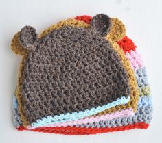 crochet hats, patterns for  newborn, baby, toddler & kids. via yvestown blog