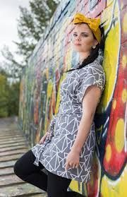 Isla-tunika, harmaa Kimono Top, Tops, Women, Fashion, Moda, Fashion Styles, Fashion Illustrations, Woman