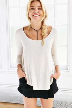 Silence + Noise Brandi Scoop-Neck Tee - Urban Outfitters