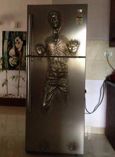 Bag ideas: 3D sticker on the fridge .