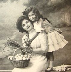 edwardian children   CIRCA 1912 EDWARDIAN MOTHER AND CHILD LOVE REAL by DaliAntiques